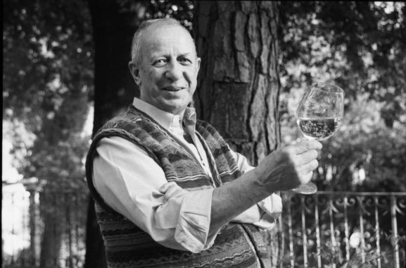 Luigi Veronelli (Milano, 1926 – Bergamo, 2004)